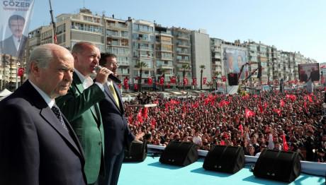 Ερντογάν σε προεκλογική ομιλία στη Σμύρνη