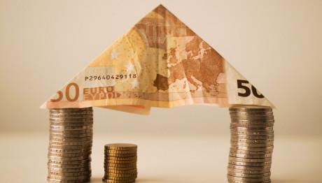 Σπίτι από χρήματα