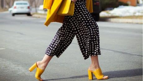 mules παπούτσια