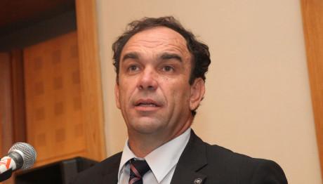 ο Νίκος Χιωτάκης, υποψήφιος Δήμαρχος Κηφισιάς