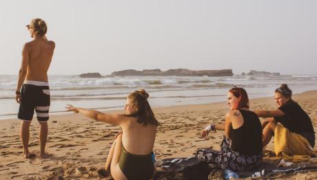 Φίλοι στην παραλία