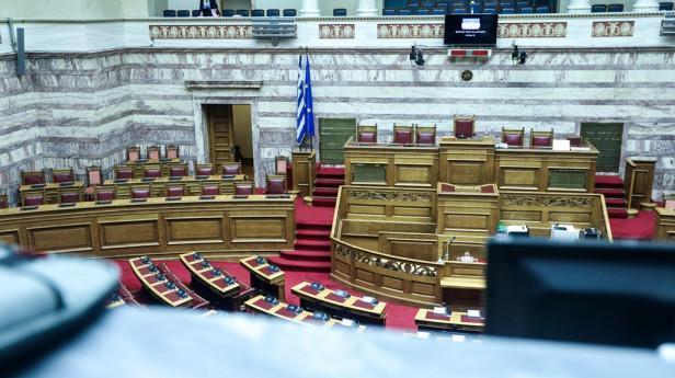 Η Βουλή από τα θεωρεία