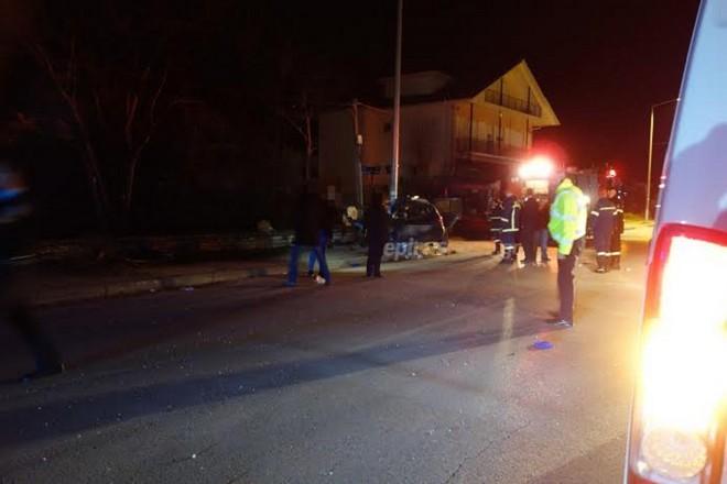 Φώτο epiruspost: Εικόνα από το σημείο του δυστυχήματος στα Ιωάννινα