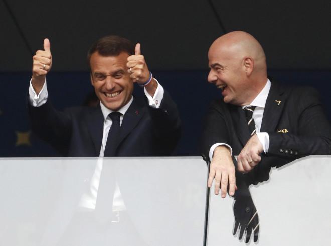 Χάρηκε σαν μικρό παιδί ο Μακρόν τη νίκη της Γαλλίας
