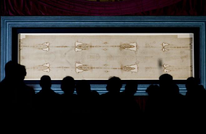Η Ιερά Σινδόνη που φυλάσσεται στο Τορίνο