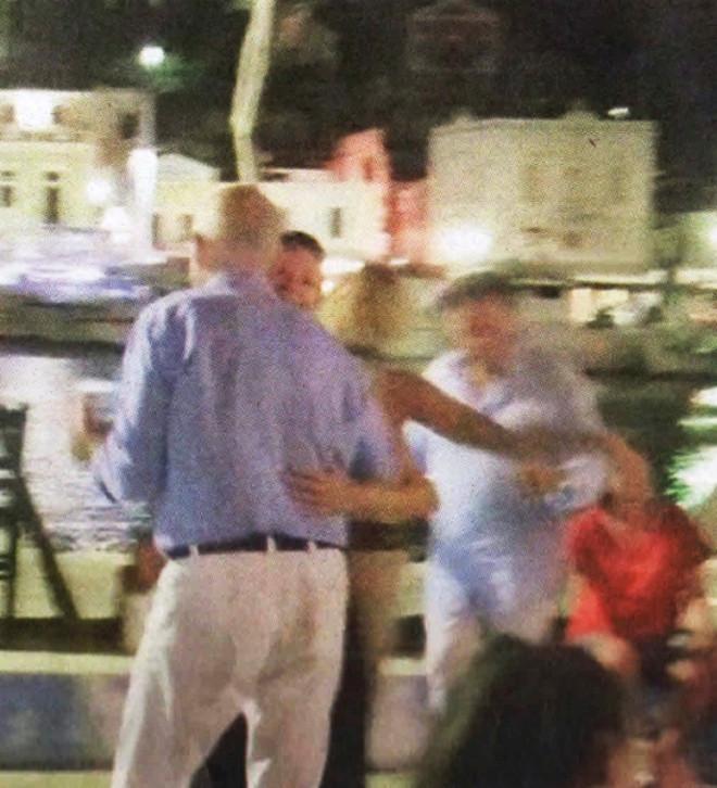Ο Γιώργος Παπανδρέου χορεύει βαλς με την αγαπημένη του