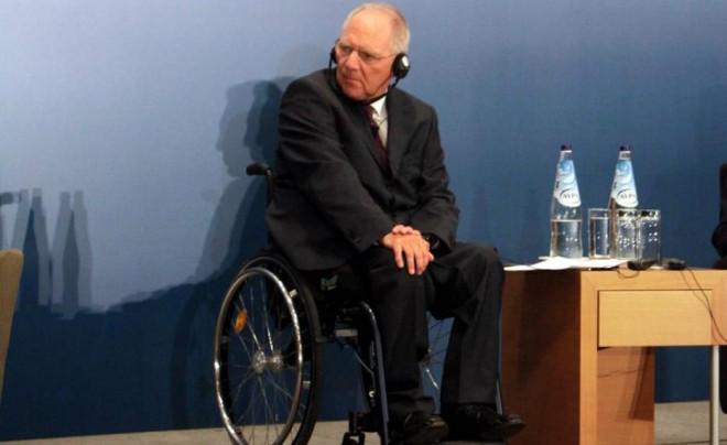 Σόιμπλε σε αναπηρικό καροτσάκι