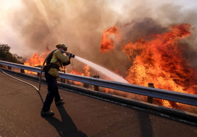 Φωτιά στην Καλιφόρνια
