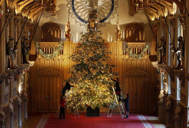 Το χριστουγεννιάτικο δέντρο στο παλάτι του Ουίνδσορ
