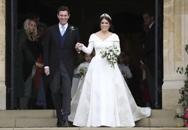 03eddb9ea6 Ο δεύτερος βασιλικός γάμος της χρονιάς είναι αυτός της πριγκίπισσας  Ευγενίας και του Jack Brooksbank τον Οκτώβριο –επίσης- στο Κάστρο του  Windsor.