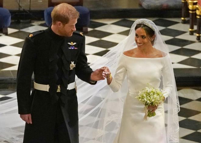 b2079e7172 Ήταν αναμφισβήτητα ο γάμος της χρονιάς. Ο αιώνιος εργένης Πρίγκιπας Harry  και η Αμερικανίδα ηθοποιός Meghan Markle