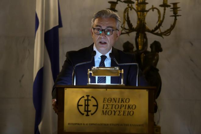 Ο Θεόδωρος Ρουσόπουλος στην παρουσίαση του βιβλίου του Στέφου