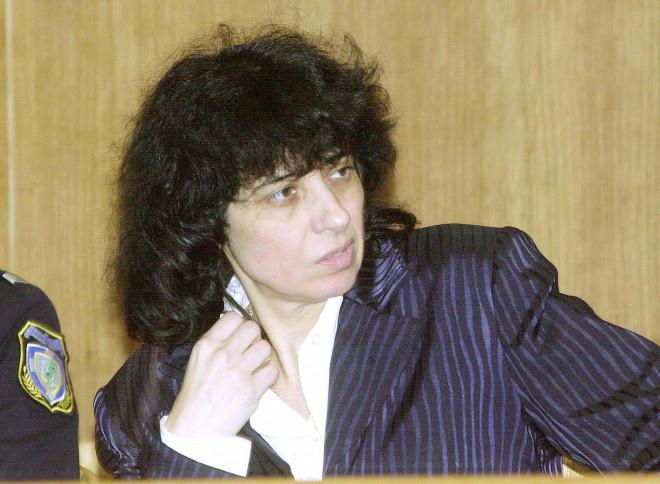 Η Κάτια Γιαννακοπούλου στη δίκη της τον Νοέμβριο του 2001