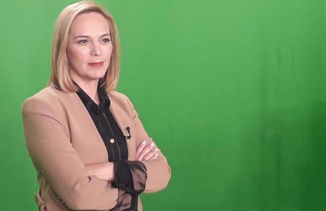 H δημοσιογράφος του STAR Τασούλα Παπανικολάου