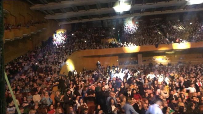 Βουκουρέστι: 4.000 κόσμου στη συναυλία του Πλουτάρχου