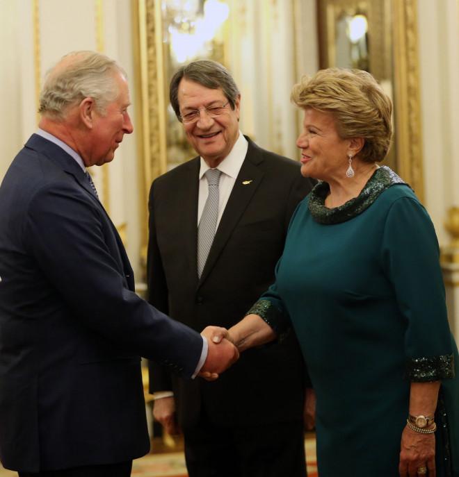Ο Πρίγκιπας Κάρολος με τον Νίκο και την Άντρη Αναστασιάδη