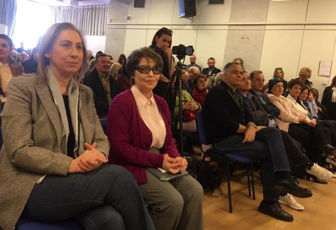 Ξενογιαννακοπουλου, Κούνεβα - Παπάζογλου υποψήφια για δήμο Κηφισιάς