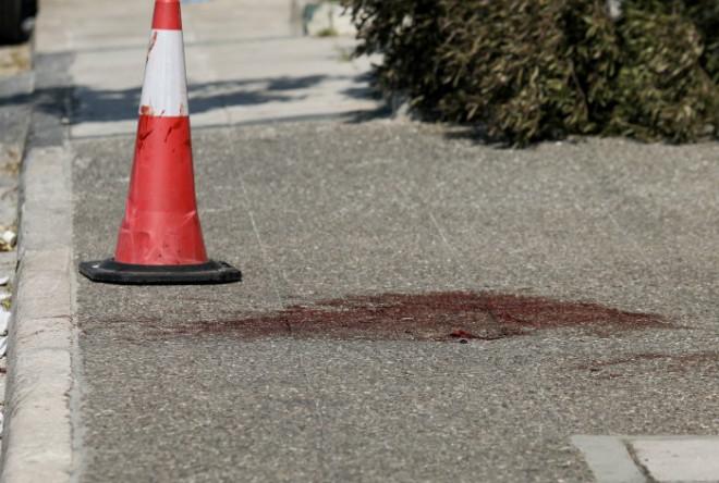 Αίμα στο πεζόδρομιο έξω από το σπίτι του ζευγαριούστο Ελληνικό