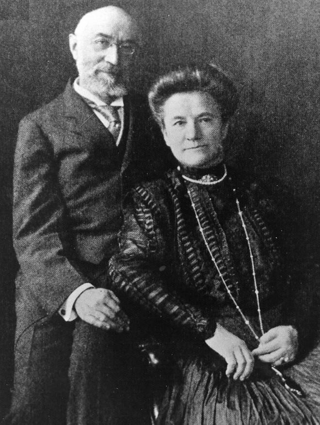 Ισιντορ και τη Ροζαλία Στράους