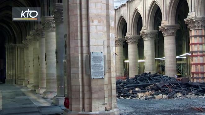 Η Παναγία των Παρισίων, δύο μήνες μετά τη φωτιά