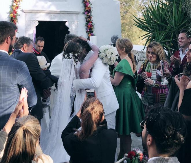Αθηνά Οικονομάκου - Φίλιππος Μιχόπουλος γάμος στη Μύκονο