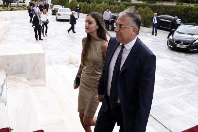 Ο Τάκης Θεοδωρικάκος και η κόρη του