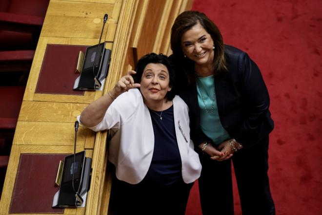 Ντόρα Μπακογιάννη και Λιάνα Κανέλλη