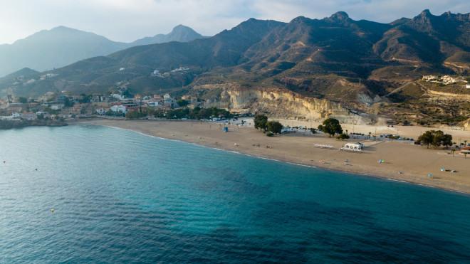 Life is a beach: Οι ταξιδιώτες μας ανακαλύπτουν την ιστορική Μάλαγα