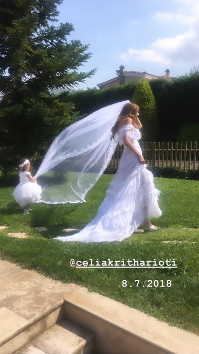 Αντώνης Σρόιτερ  Ιωάννα Μπούκη Οι φωτογραφίες από τον λαμπερό γάμο τους επέτειος