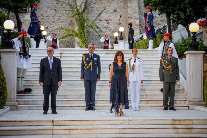 δεξίωση στον κήπο του Προεδρικού Μεγάρου για την 46η επέτειο από την Αποκατάσταση της Δημοκρατίας