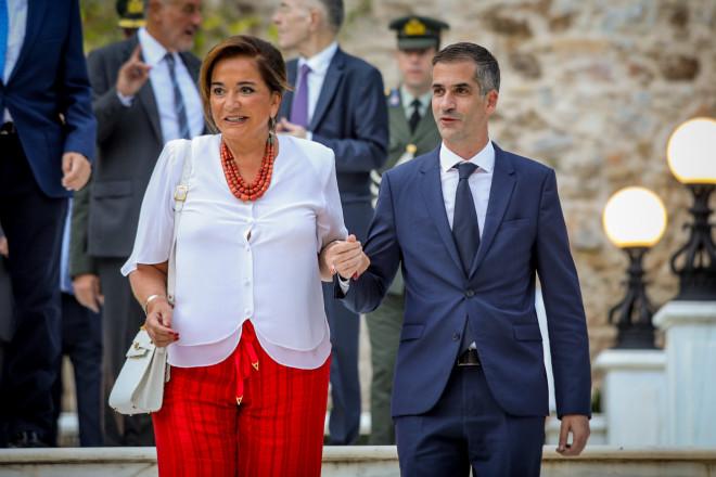 H Ντόρα Μπακογιάννη με τον γιο της δήμαρχο Αθηναίων, Κώστα Μπακογιάννη