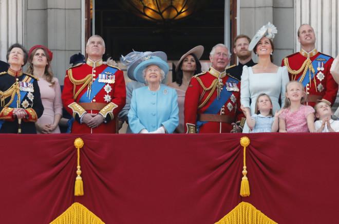 Η Βασιλική Οικογένεια Της Αγγλίας