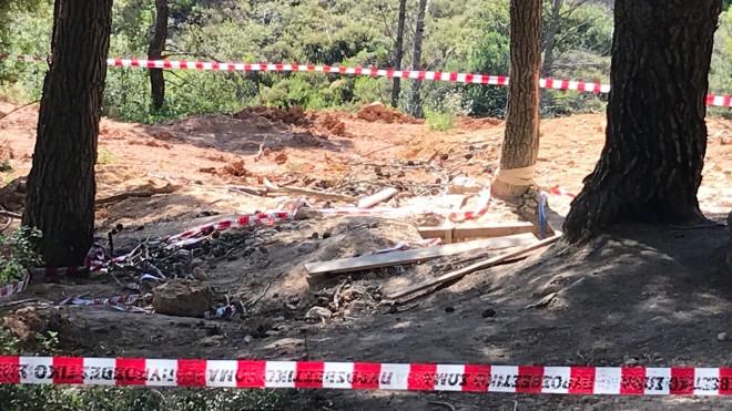 Το πηγάδι στη Βαρυμπόμπη απ' όπου ανασύρθηκαν χωρίς τις αισθήσεις τους οι τρεις άνδρες