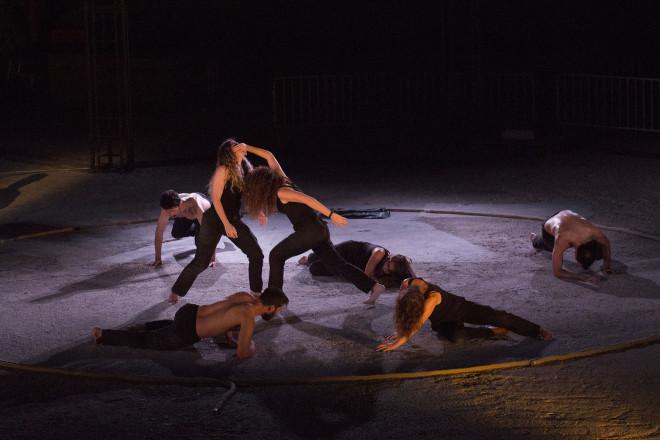 Θέατρο: Καλοκαιρινή Περιοδεία Για Την Αντιγόνη | Star.gr
