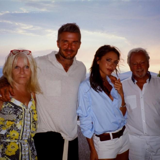 Ντέιβιντ-Βικτόρια Μπέκαμ: Έκαναν Διακοπές Στο Πόρτο Χέλι   Star.gr