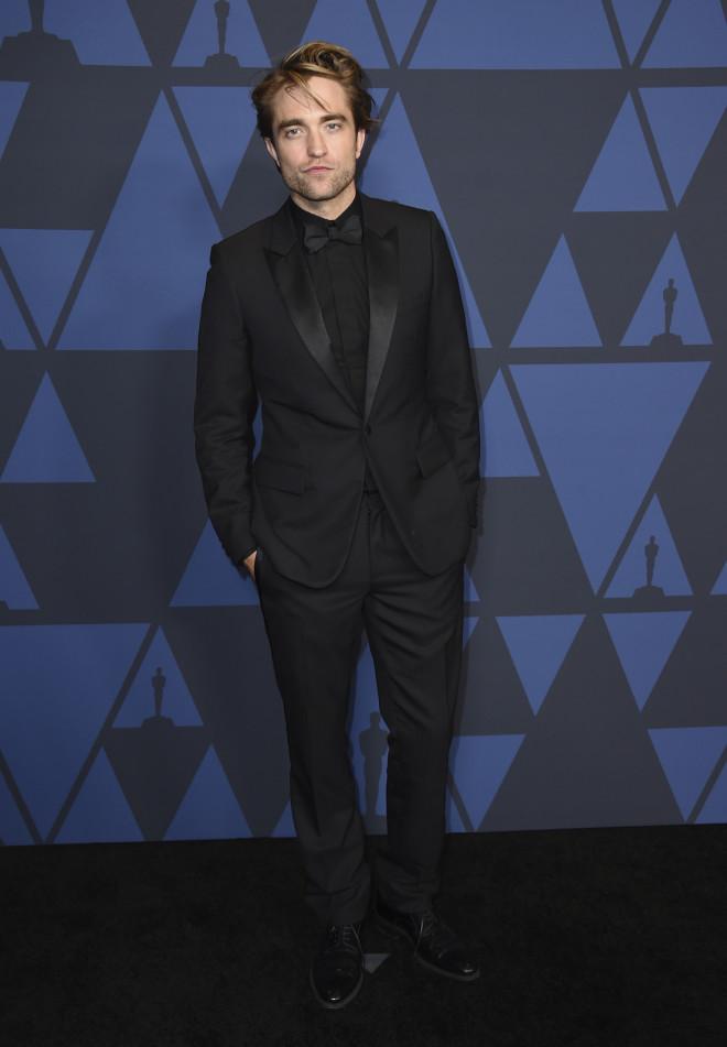 Robert Pattinson κορωνοϊός