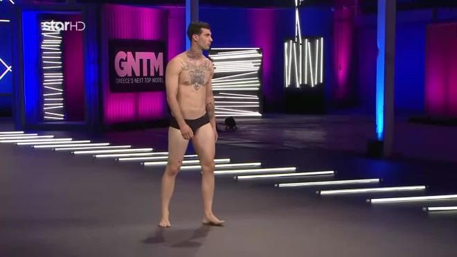 GNTM 3 Η Audition Του Δαμιανού καρπούζι