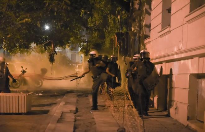 Επεισόδια στη Θεσσαλονίκη το βράδυ της Τρίτης