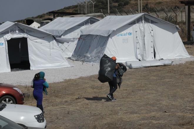 Υποδοχή μεταναστών στο Καρά Τεπέ