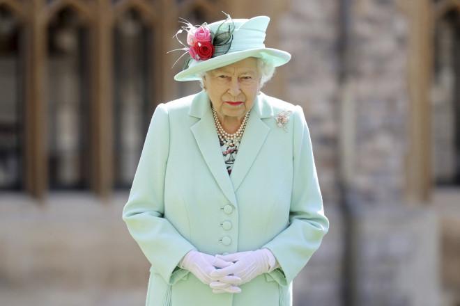 Κορωνοϊός Η πανδημία θα κοστίσει ακριβά στη βασίλισσα Ελισάβετ