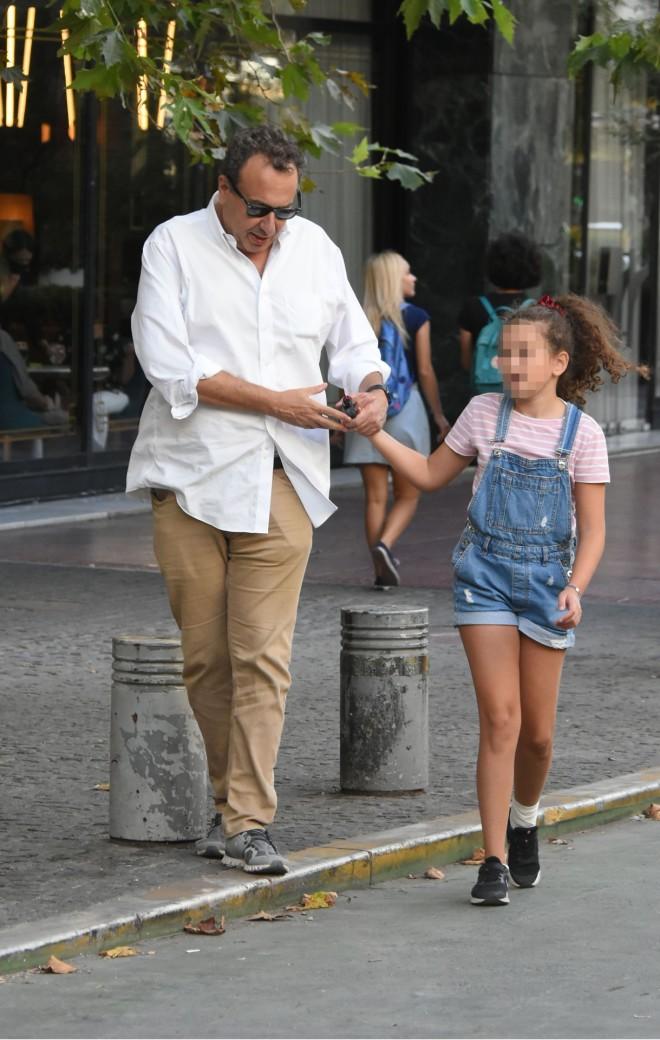 Ο Χρήστος Χωμενίδης με την κόρη του, Νίκη