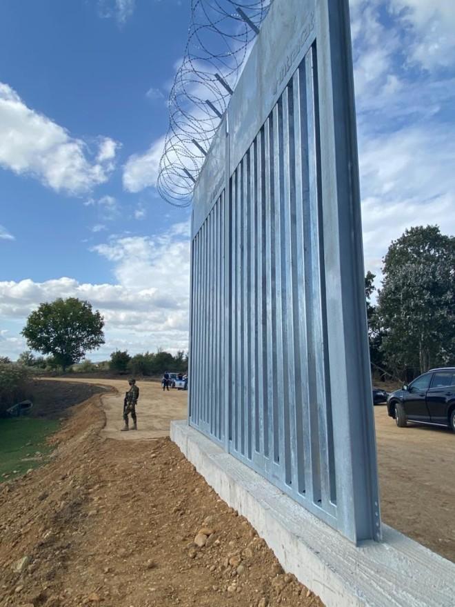 Ο νέος φράχτης στον 'Έβρο