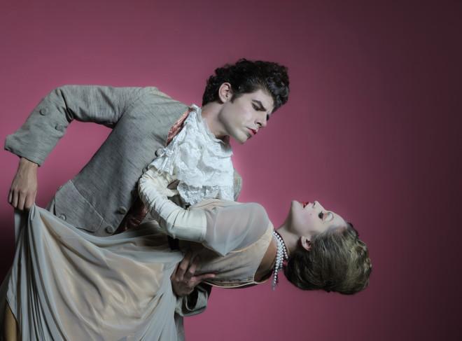 Αποτέλεσμα εικόνας για Η παράσταση «Η Κληρονομιά», του Πιερ ντε Μαριβώ, σε σκηνοθεσία Γιάννη Νταλιάνη