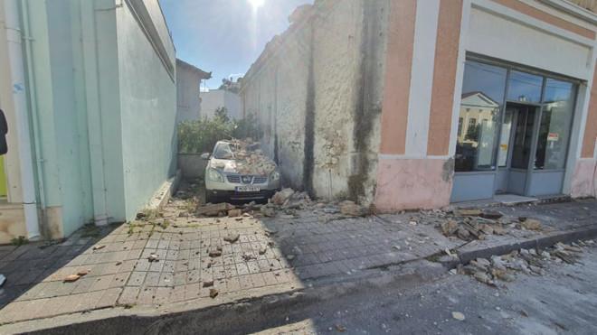 Ζημιές σεισμός Σάμο02