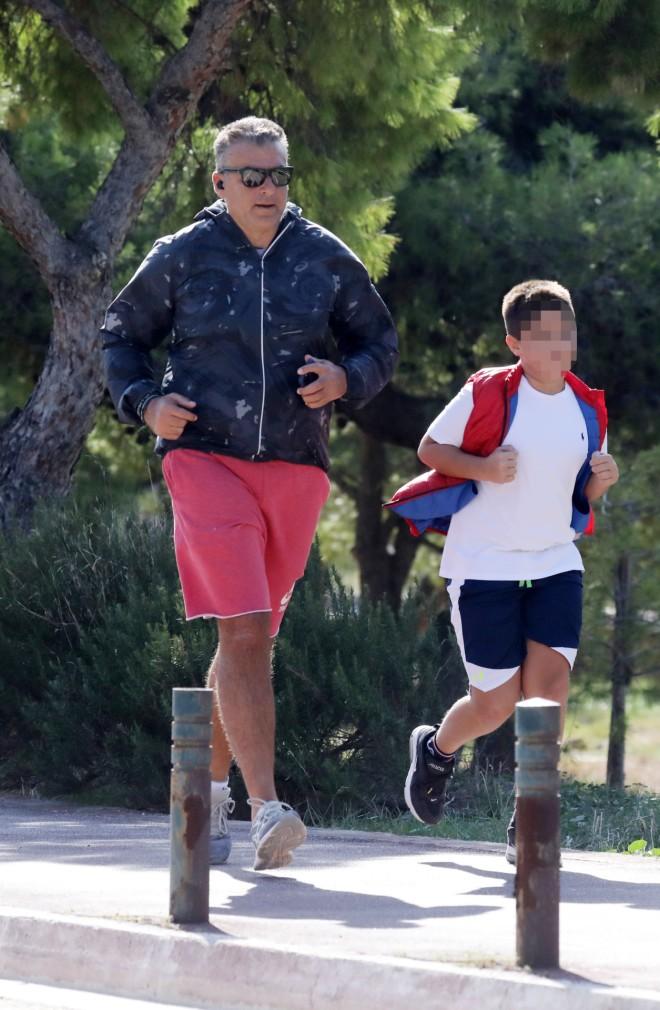 Ο Γιώργος Λιάγκας με τον γιο του, Γιάννη