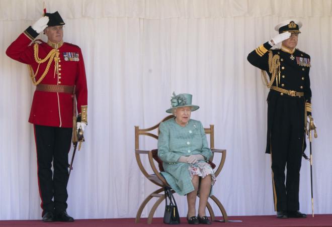 βασίλισσα ελισάβετ απαγορευμένες λέξεις