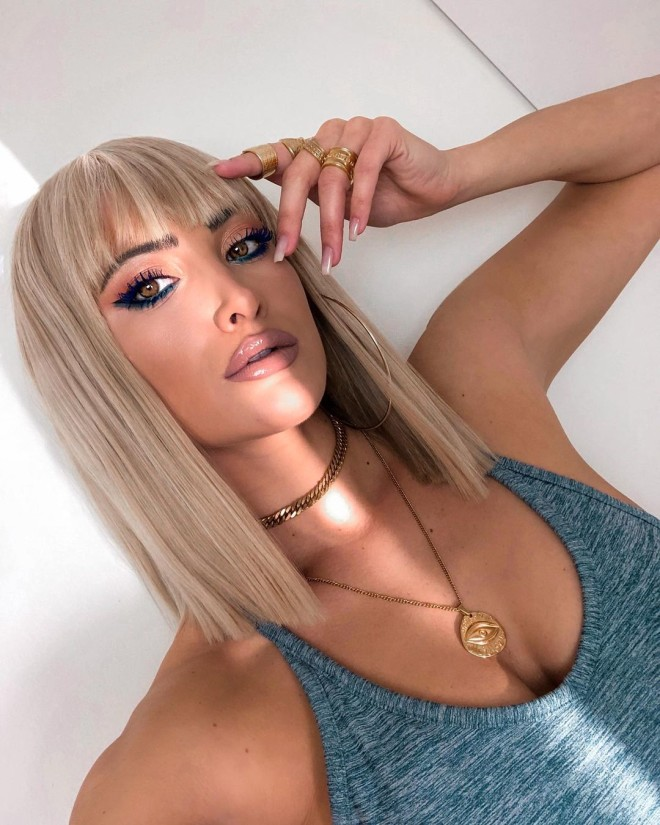 Τούνη καρέ μαλλί αλλαγή μαλλιά