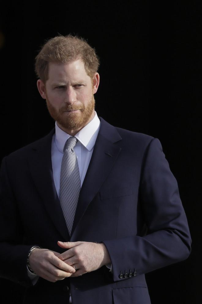 πρίγκιπας Harry πένθος πέθανε η νονά του