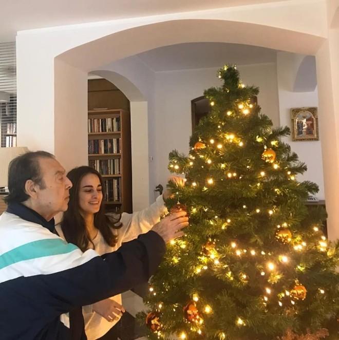 Βοσκόπουλος Γκερέκου χριστούγεννα δέντρο Μαρία Βοσκοπούλου
