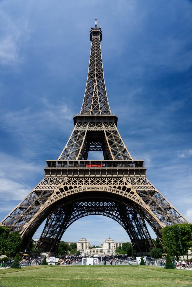 Ο Πύργος του Άιφελ χρειάστηκε ακριβώς 2 χρόνια, 2 μήνες και 5 ημέρες για να φτιαχτεί